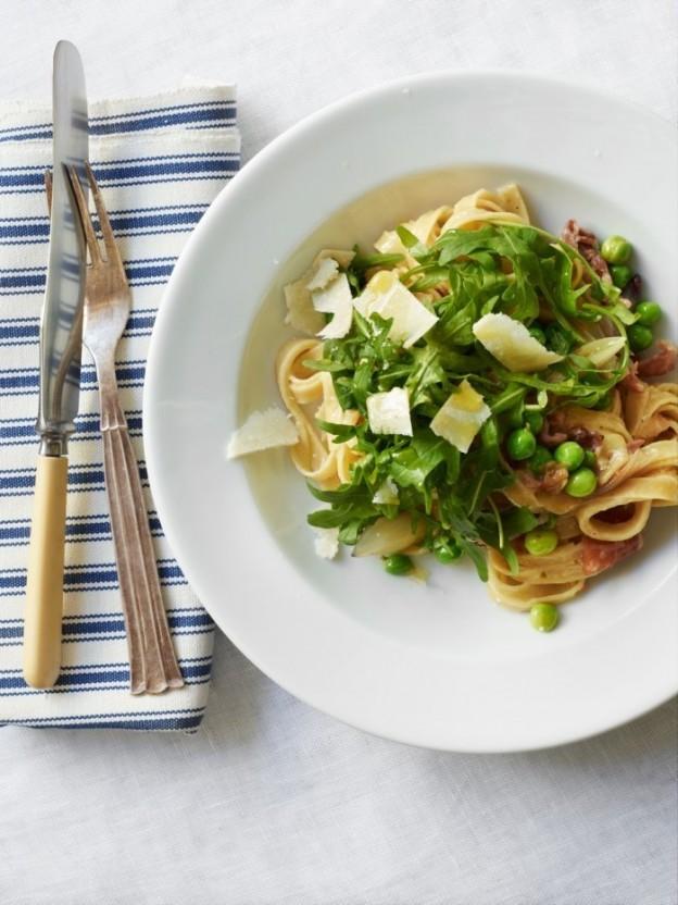 pasta med skinke og ærter1