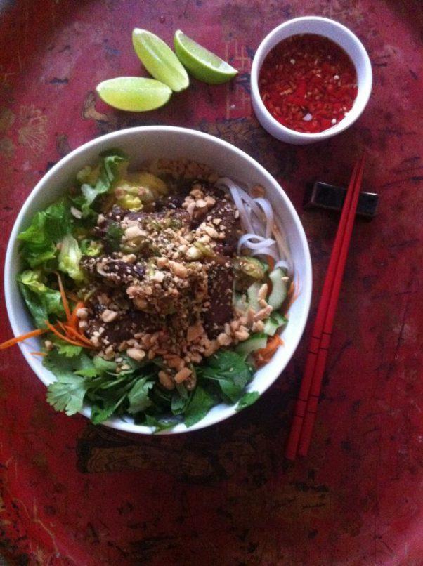 vietnamesisk oksekødssalat