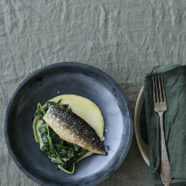 Stegt makrel med flødespinat